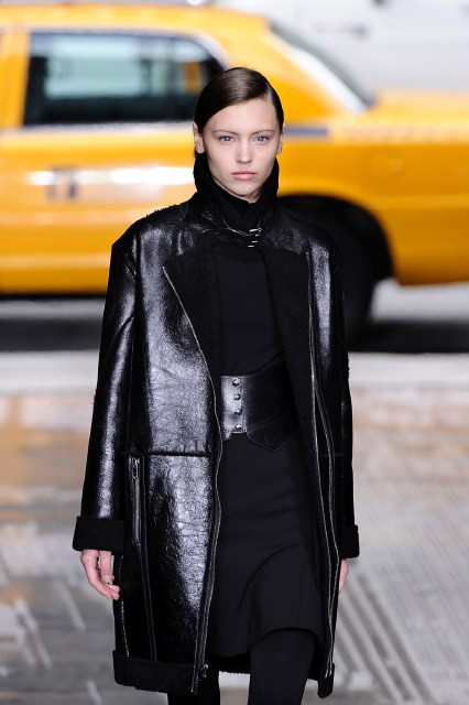 Shearling Chic - The All-Time Superstar - Fur Fashion