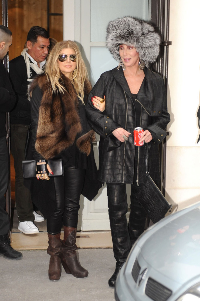 Celebrities Who Say 'Yes' to Fur Trends | FurInsider.com