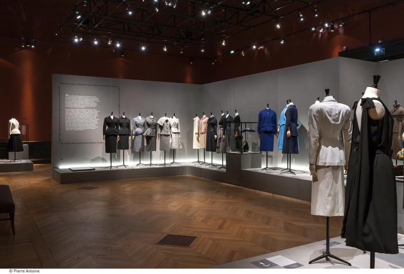 Gallery view - Daywear looks - Les années 50 : La mode en France, 1947-1957