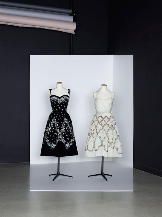 Dresses by Pierre Balmain - Les années 50 : La mode en France, 1947-1957