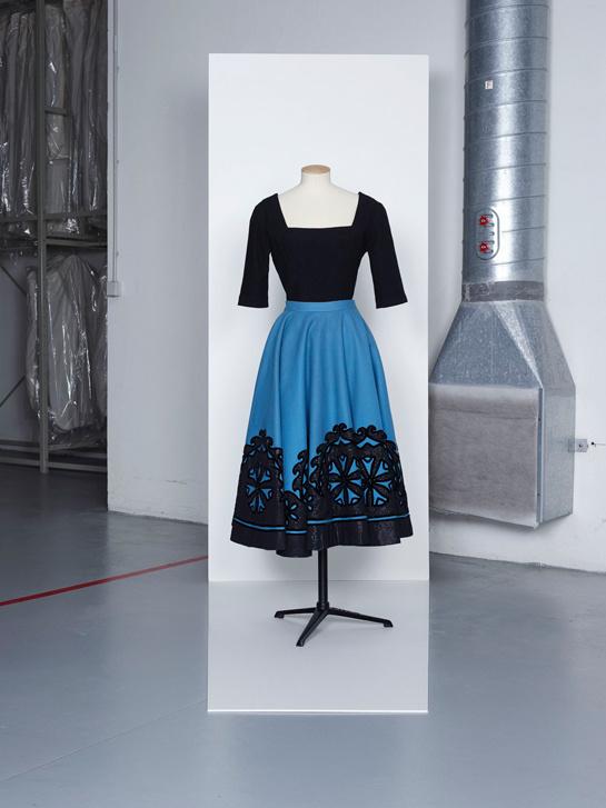 Lanvin dress - Les années 50 : La mode en France, 1947-1957