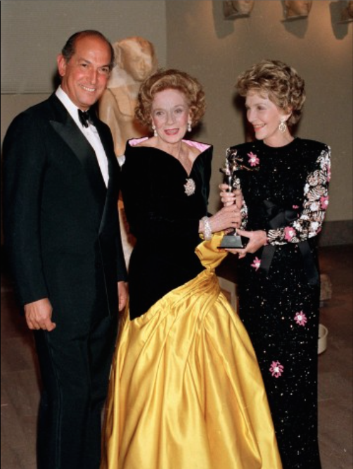 Oscar de la Renta and Nancy Reagan presents philanthropist Brooke Astor with an award from the Council of Fashion Designers of America at New York's Metropolitan Museum of Art.