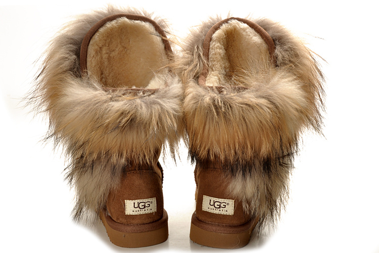 Ugg boots - when shearling meets longhair fur