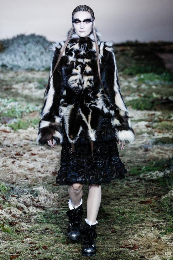 Alexander McQueen - Fall 2014-Winter 2015