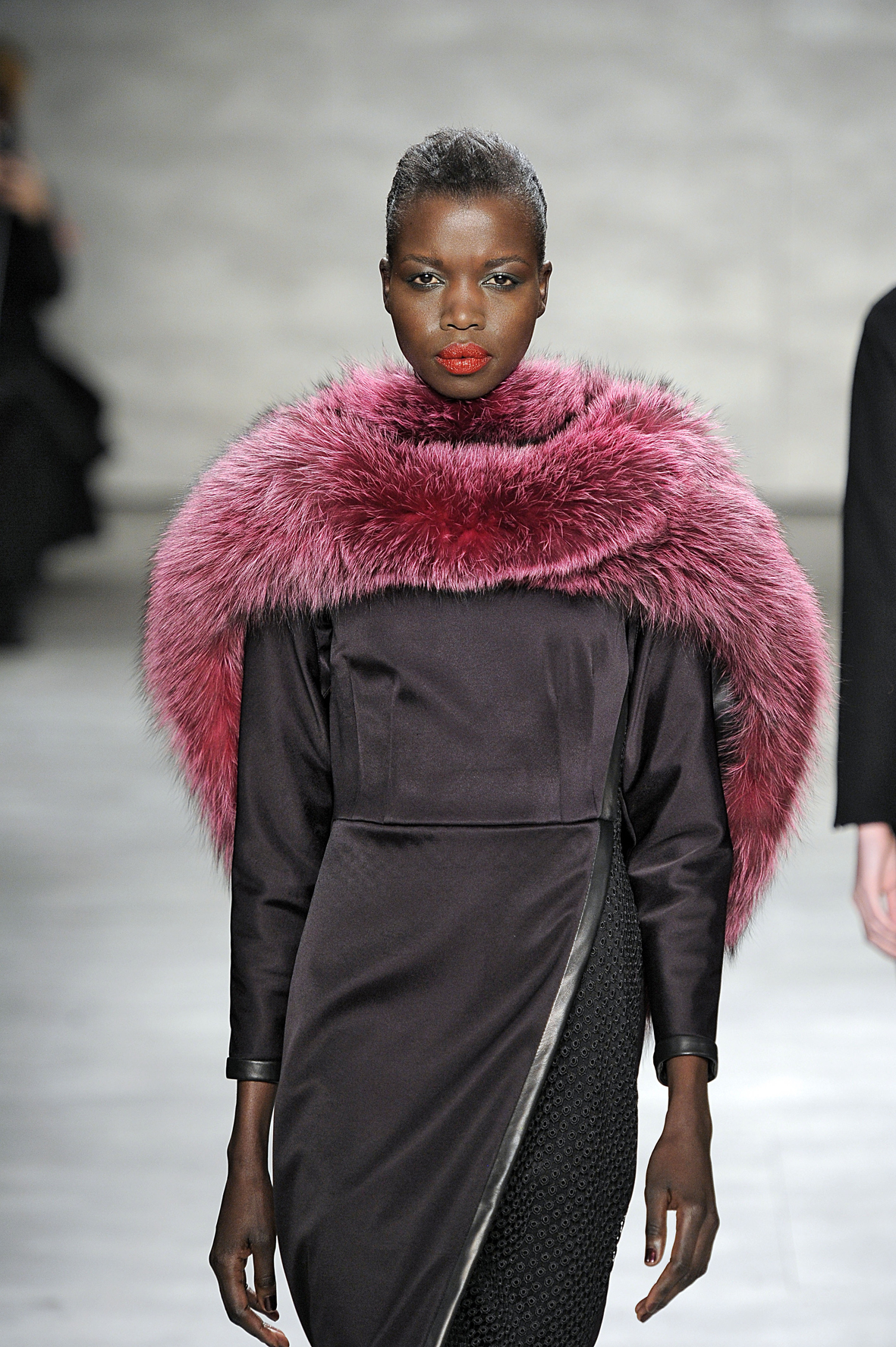 A full-bodied bordeaux color fox scarf from designer Georgine's Fall 2014 - Winter 2015 collection