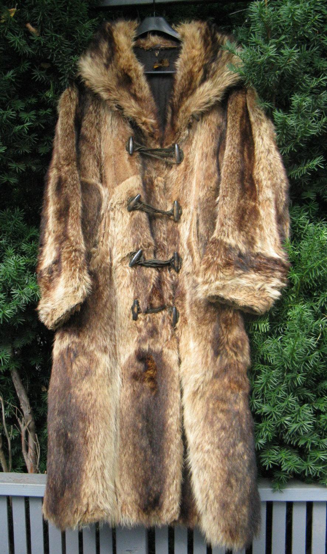 Vintage Magic - 1920s Jazz Age Ivy League Raccoon coat (Etsy)