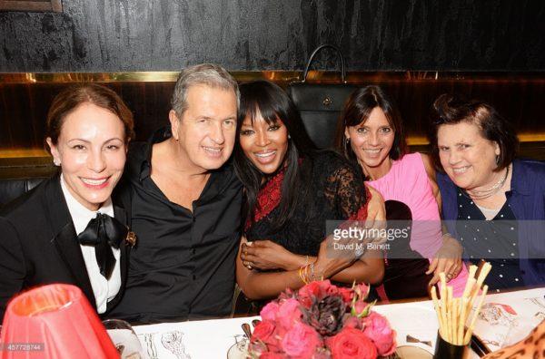 Dinner with friends (left to right) Andrea Dellal, Mario Testino, Naomi Campbell, Countess Debonaire von
