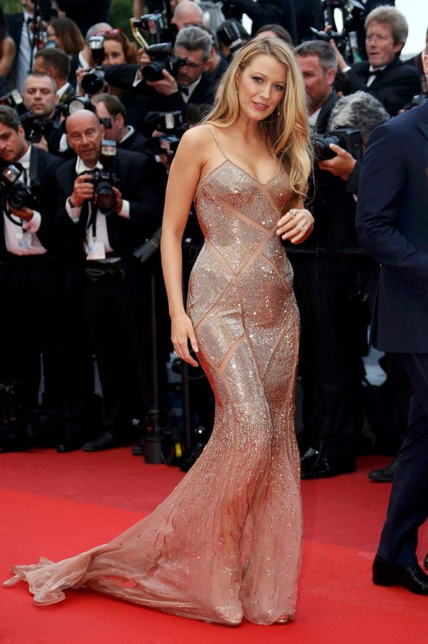 Blake Lively in Atelier Versace was like liquid gold. We call this look priceless currency