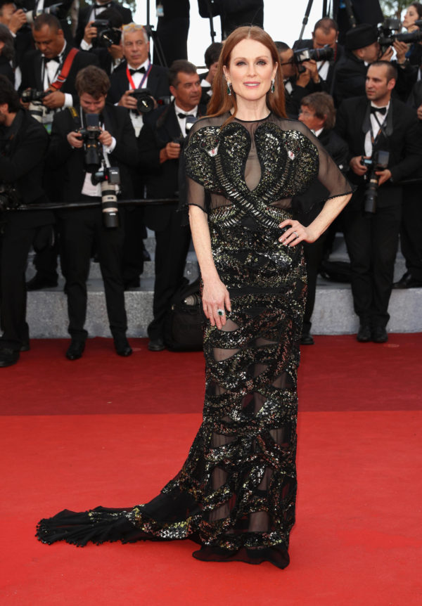 Julianne Moore looked perfect in custom Givenchy