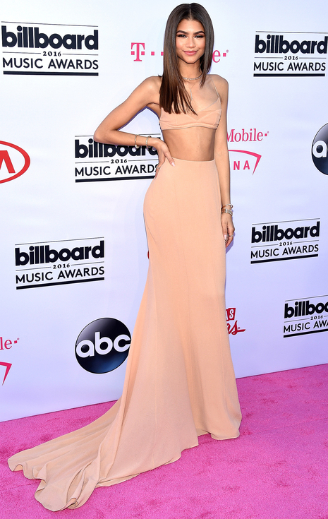 Yawn. Not bad, but you could have done better than this lack luster Calvin Klein dress Zendaya.
