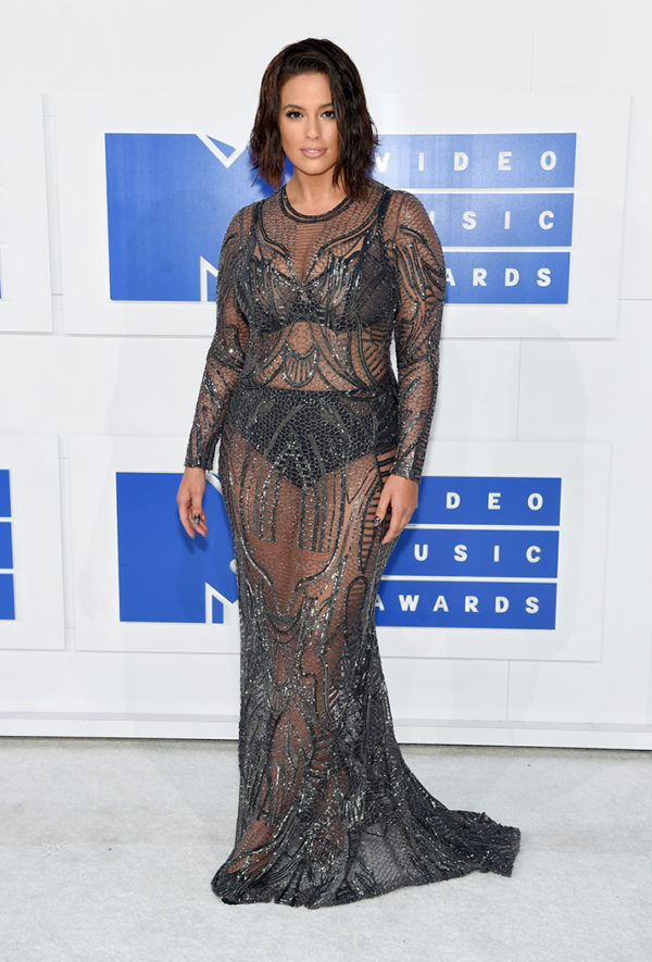 Ashley Graham in Naeem Khan exuded sheer confidence and sex appeal