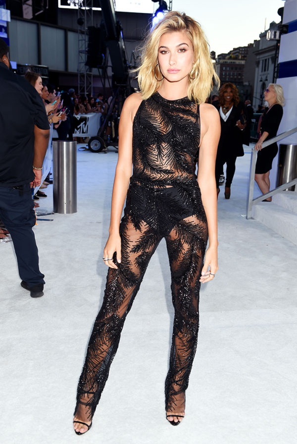 Hailey Baldwin in Georges Chakra was every rock star's dream! This hard-edged lace jumpsuit