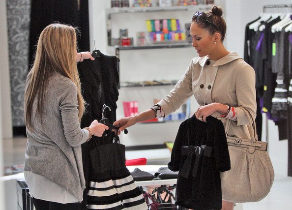 Jennifer Lopez shopping on Robertson Blvd