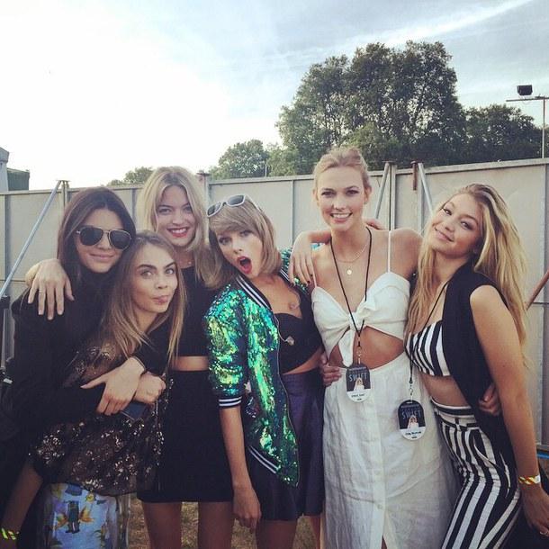Celebrity friends: Karlie Kloss, Kendall Jenner, Taylor Swift, Gigi Handid, Cara Delevigne,
