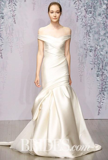 2015_bridescom-runway-october-monique-lhuillier-wedding-dresses-fall-2016-large-monique-lhuillier-wedding-dresses-fall-2016-006