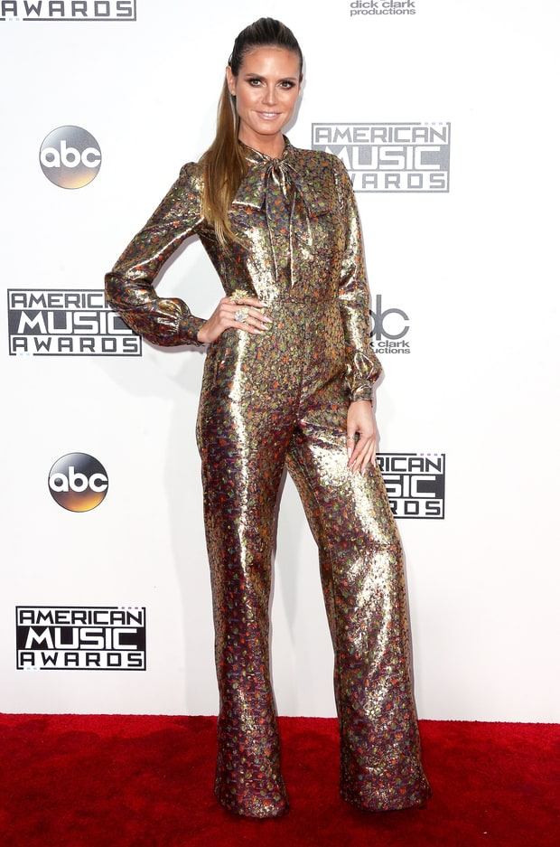 "Instead of being a ""brick house"" Heidi Klum achieved gold brick status. Not our favorite look from the style icon"