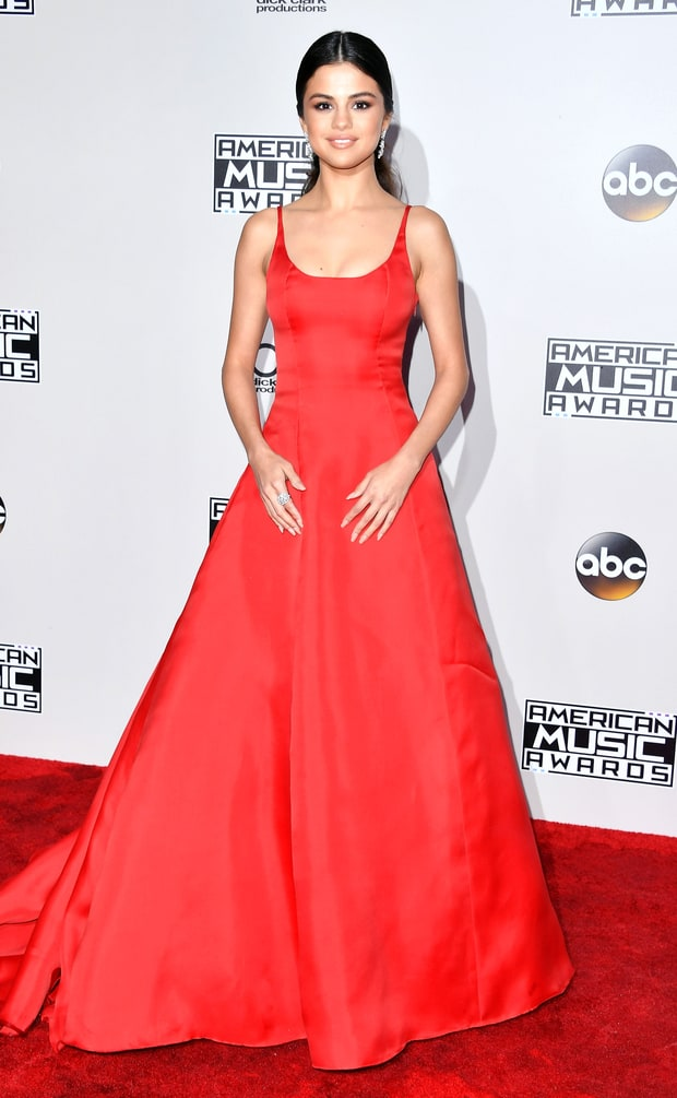 Selena Gomez in Prada was very Grace Kellyesque in her triumphent return to the red carpet