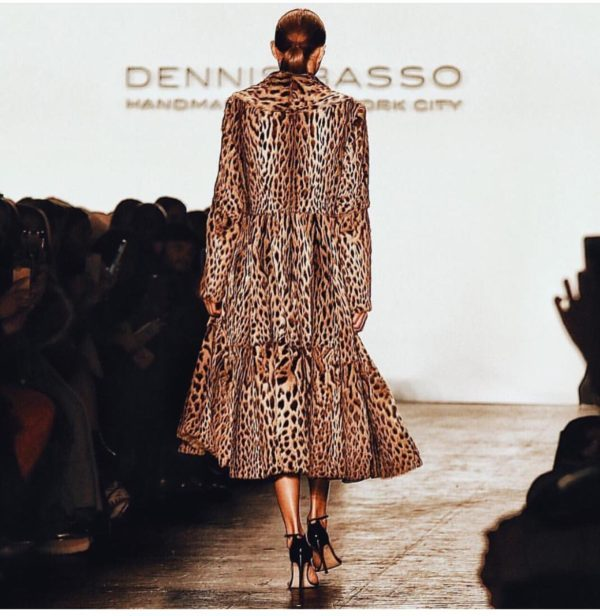 Dennis Basso Fall 2016. Animal print makes a dramatic entrance and exit