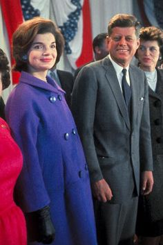 Jackie Kennedy Onassis, the epitome of pregnancy style in 1960.