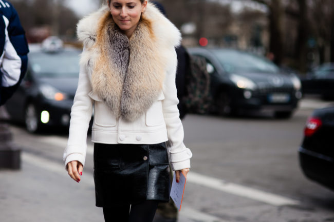 Fur collar on a coat