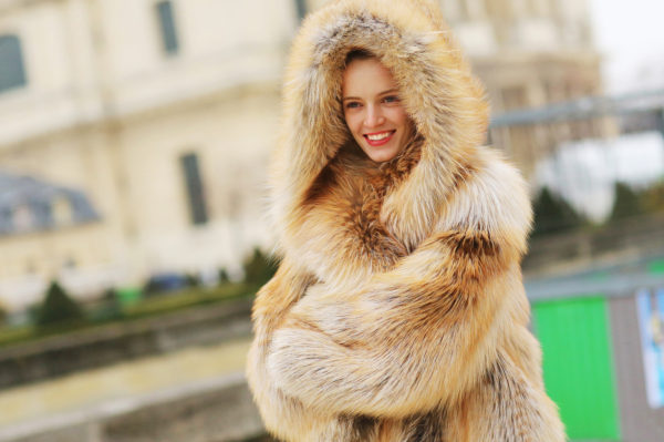 cold weather fashion looks with fur