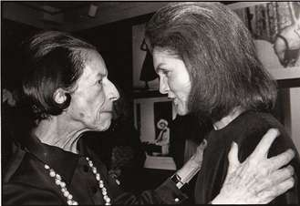 Jacqueline Kennedy in deep conversation with Diana Vreeland