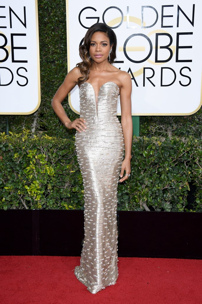 Naomi Harris at the 2017 Golden Globes