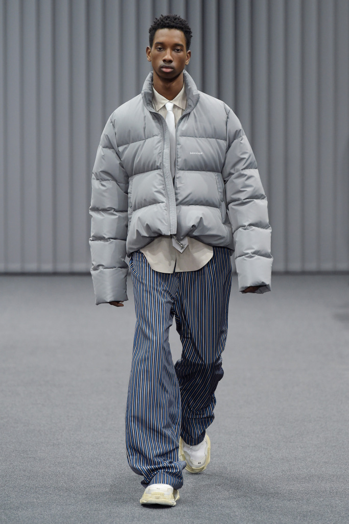 Balenciaga Menswear Fall 2017 Collection
