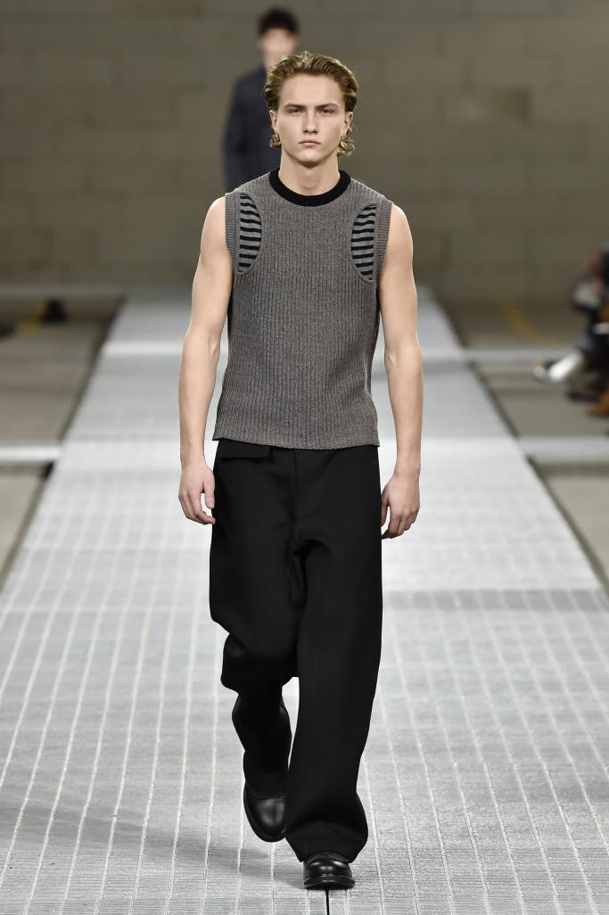Dirk Bikkembergs Menswear Fall 2017