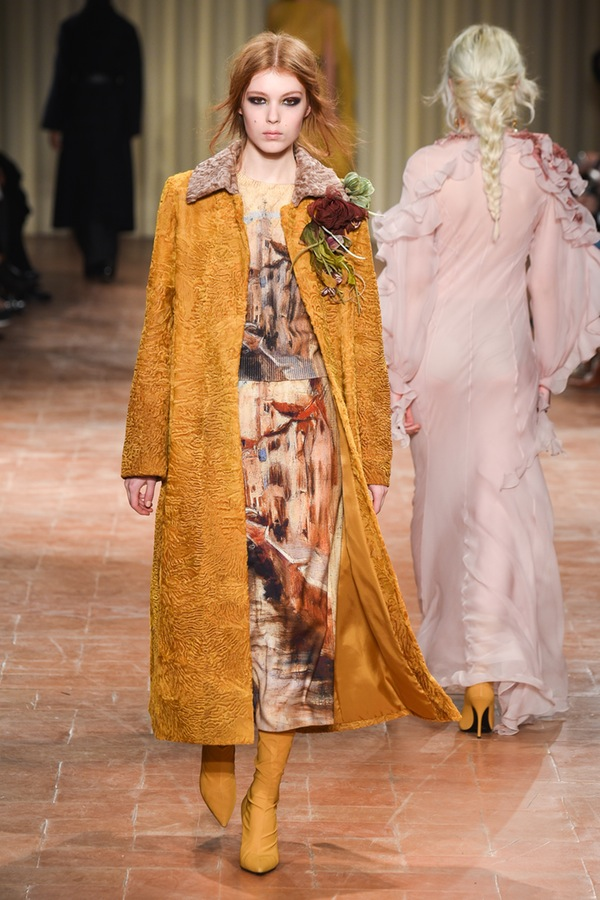 Alberta Ferretti Milan Fashion Week Fall 2017