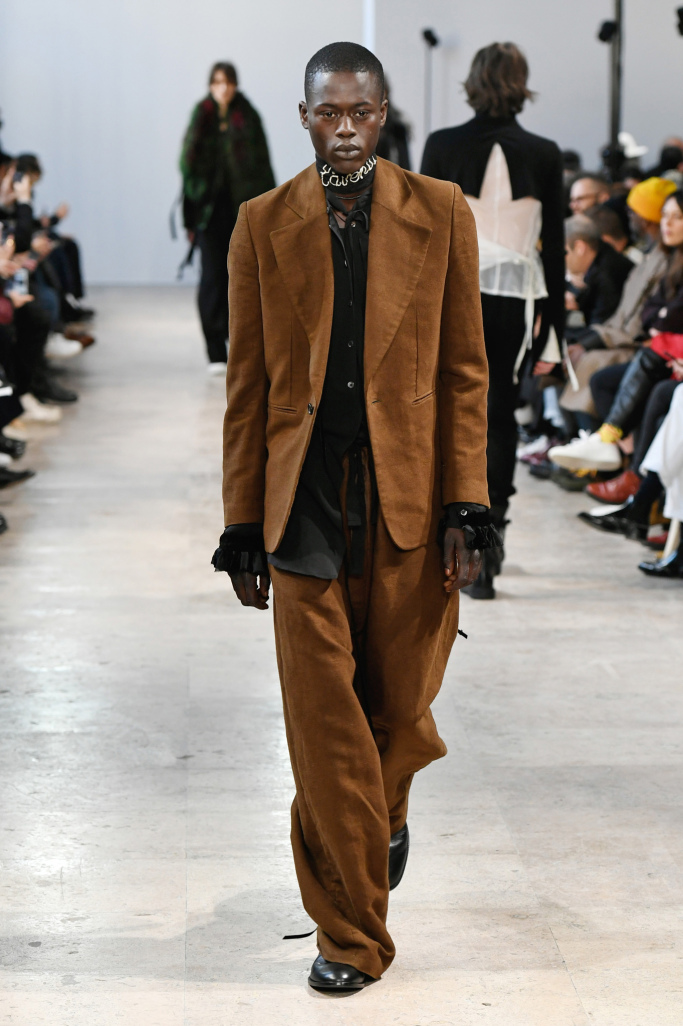 Ann Demeulemeester Menswear Fall 2017 Collections