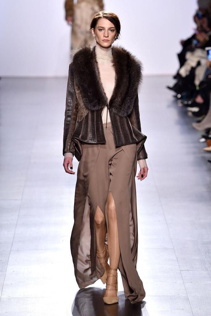 Dennis Basso New York Fashion Week Fall 2017