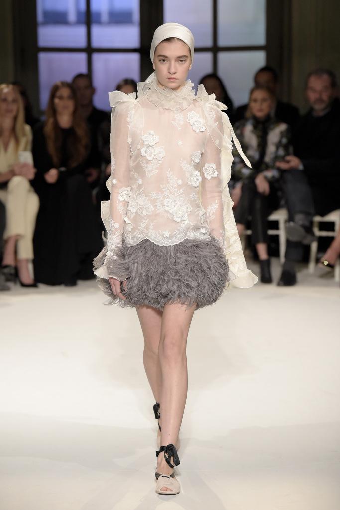 Giambattista Valli Spring 2017 Couture Collection