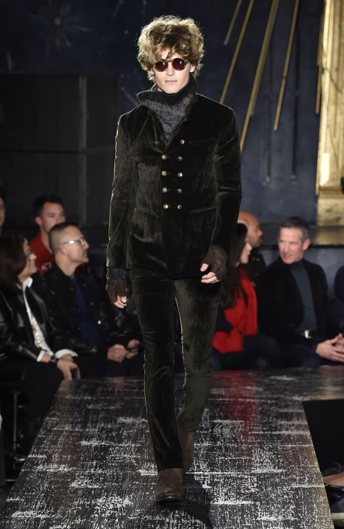 New York Fashion Week Fall 2017 Menswear John Varvatos