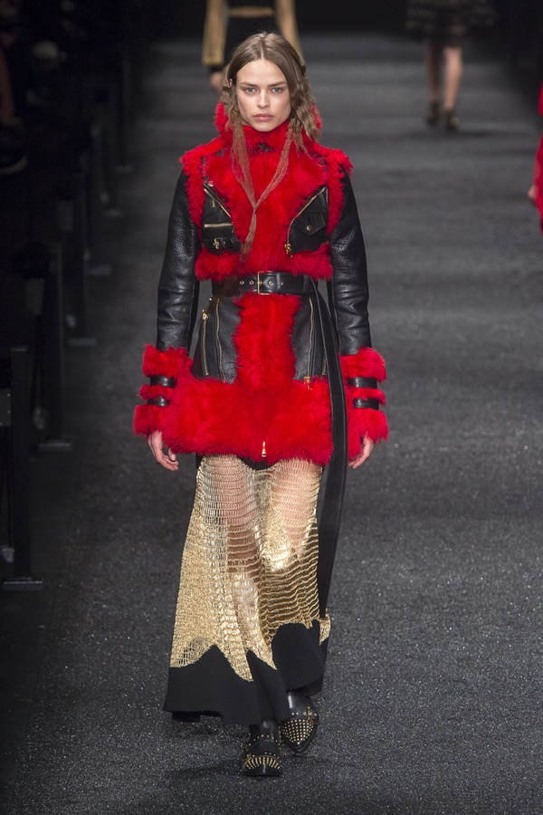 Alexander McQueen PARIS Fashion Week Fall 2017