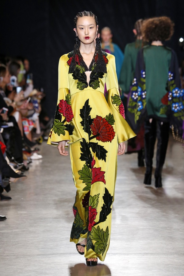 Andrew Gn PARIS Fashion Week Fall 2017
