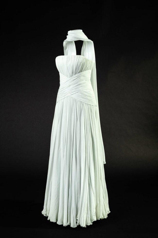 Princess Diana 's Catherine Walker, blue chiffon Grace Kelly dress