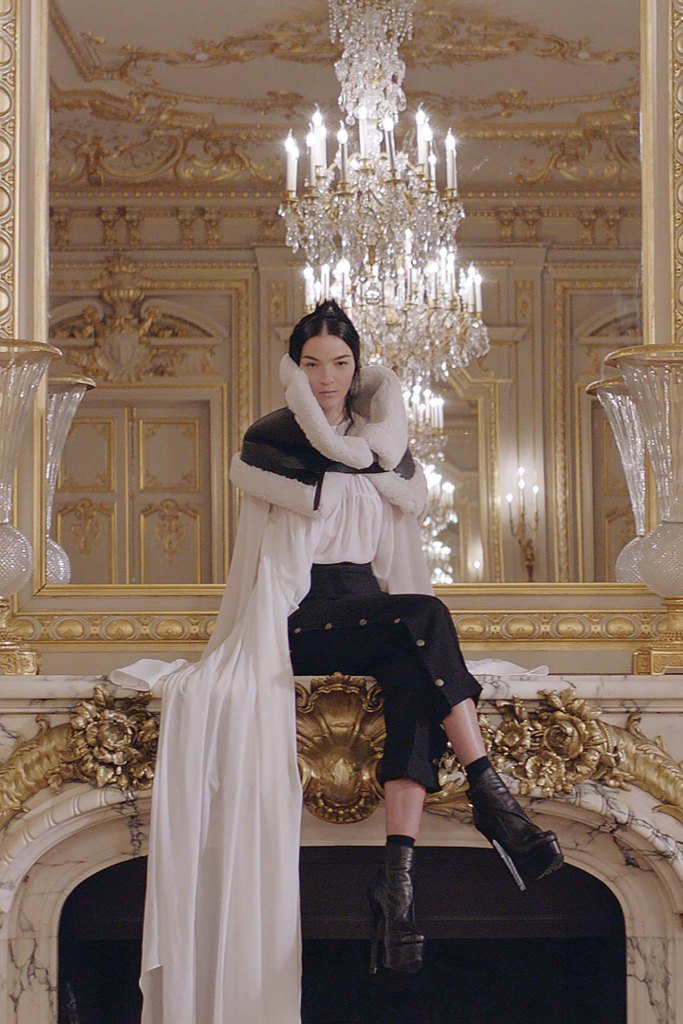 Vera Wang PARIS Fashion Week Fall 2017