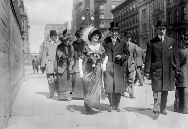 Vintage Photographs of the New York City Easter Parade Between 1898 and 1933 | Viewing NYC