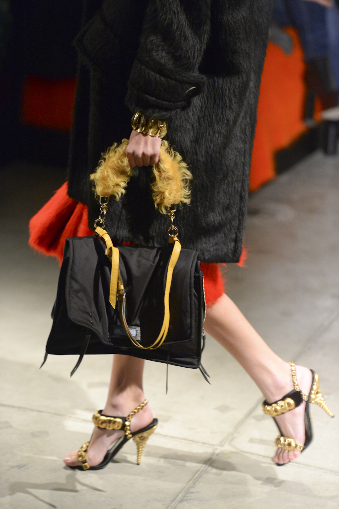 Luxury Fashion Handbags Prada