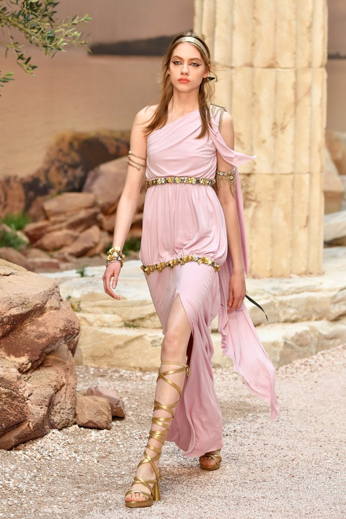 Chanel Grecian inspired Cruise 2018 Collection