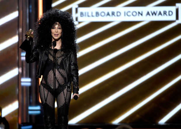 Cher accepts the Billboard Icon award at the 2017 Billboard Music Awards at the T-Mobile