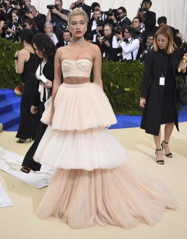 Hailey Baldwin at 2017 met ball