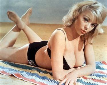 James Bond 007 Girls Women Pop Culture Icons Glamour