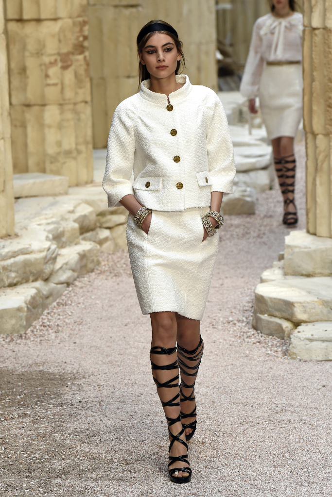 Chanel Cruise 2018 Show