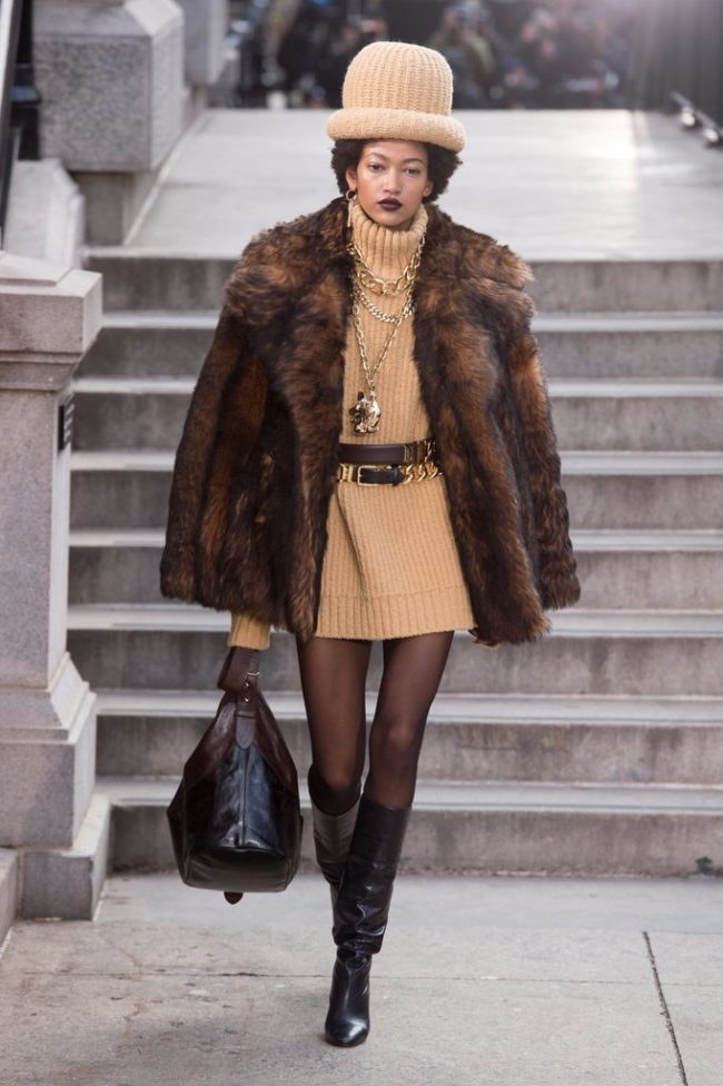 Marc Jacobs RTW Fall 2017 Faux fur