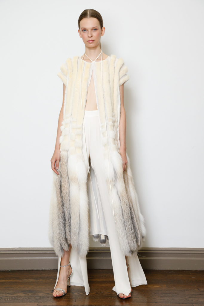 Luxury fashion Dennis Basso Resort 2018