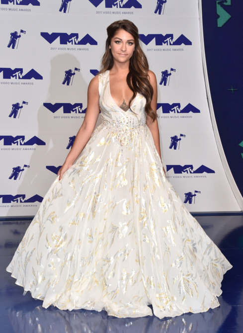 Andrea Russett 2017 Video music Awards