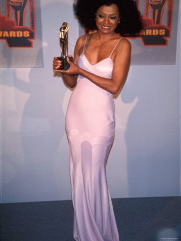 Diana Ross with her 'Heritage Award - Career Achievement' at the Soul Train Awards | 1995