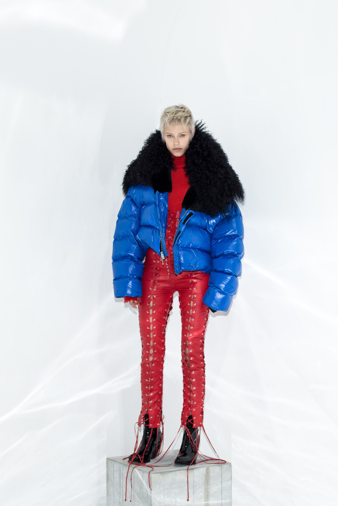 Unravel RTW Fall 2017 - SPORT LUXE arctic